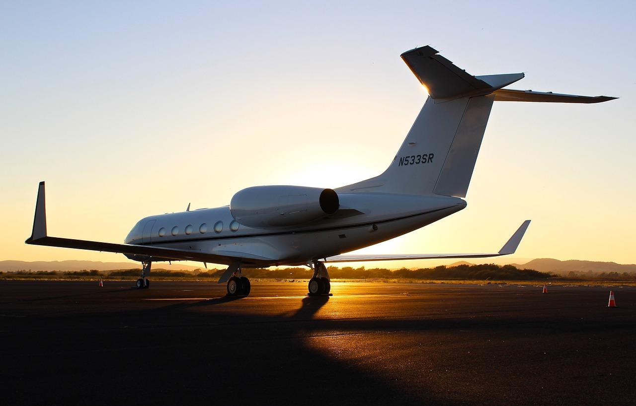 El avión eléctrico tiene opción de panel solar