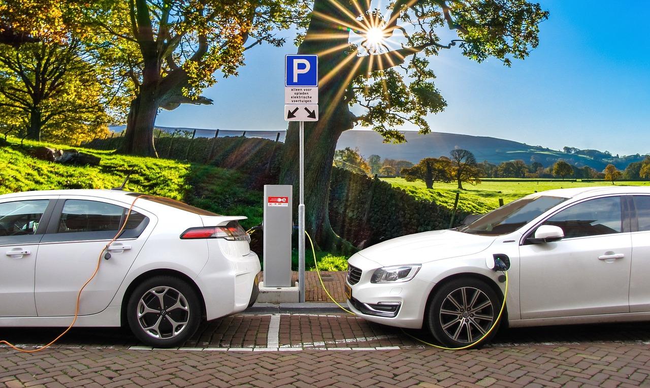 Las redes fragmentadas de carga de vehículos eléctricos afectan a los usuarios